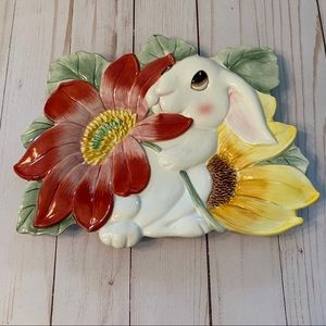 Fitz & Floyd Bunny Blooms canapé plate